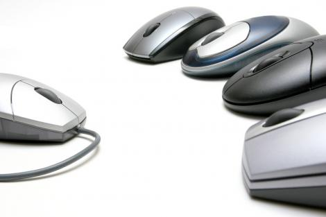 Computer mice facing off